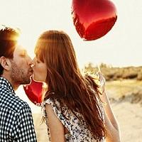 О чем расскажет его поцелуй