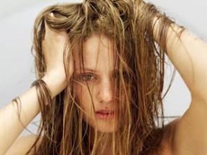 Секущиеся волосы: причины, лечение, уход
